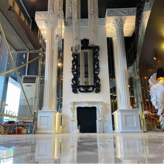 Big Column Statue